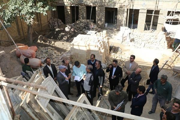 تسریع در اجرای عملیات مرمت آب انبار حوض معجردار و خانه امیری در مشهد