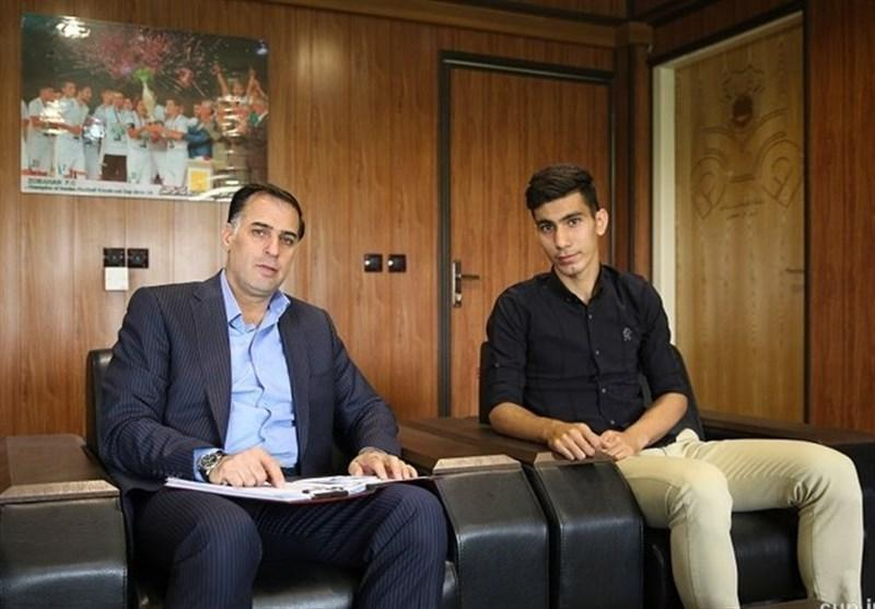 آذری: امیدوارم حق فوتبال ایران در پرونده شکاری از باشگاه های روسی گرفته شود، فولاد لیاقت قرار دریافت در کنار 6 باشگاه حرفه ای را داشت