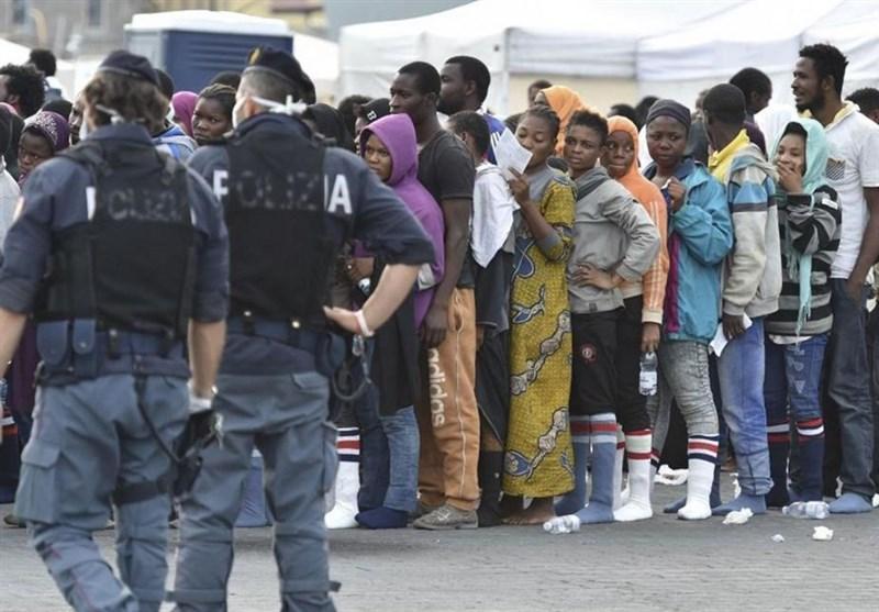 پلیس ایتالیا پناهجویان را مورد آزار و اذیت قرار داده است