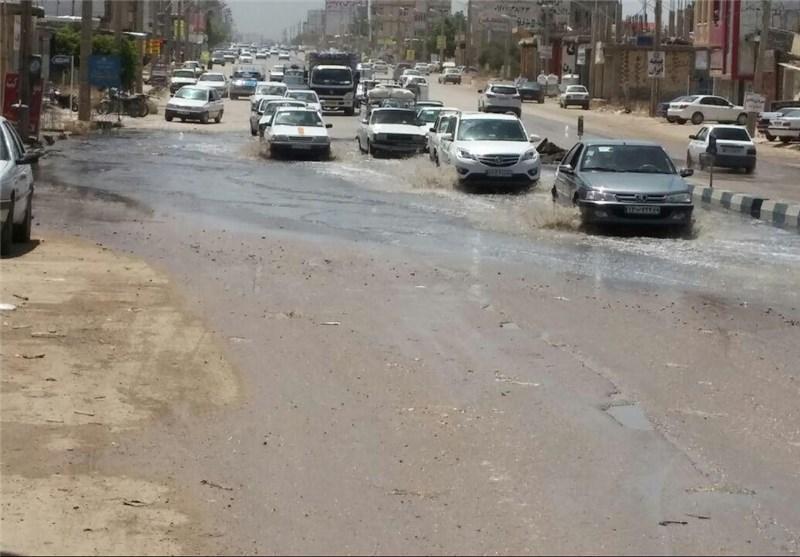 توریستی ترین جاده جنوب کشور درگیر فاضلاب، جاده سی سخت کام هزاران مسافر را تلخ می نماید