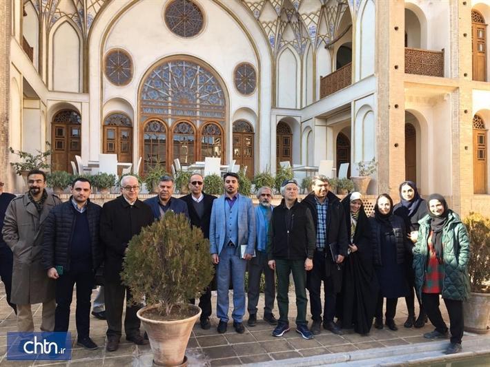 بازدید مدیرعامل و اعضای شورای فنی صندوق احیا از فاز 3 مجموعه عامری های کاشان