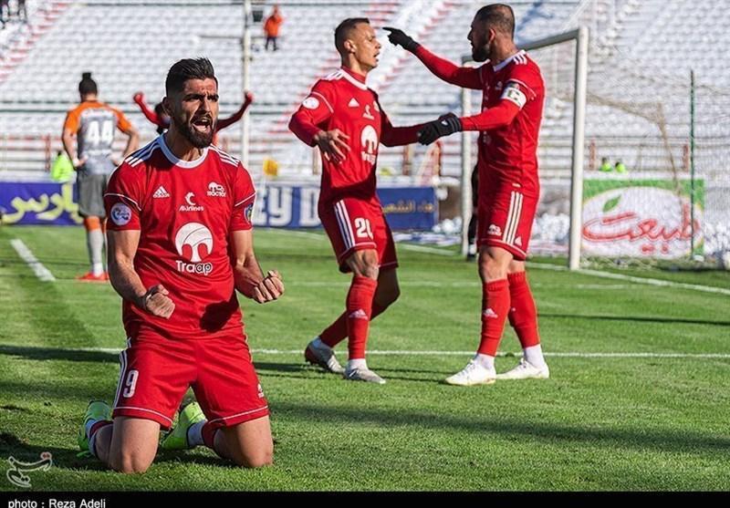جام حذفی فوتبال، فزونی یک نیمه ای تراکتور مقابل مس کرمان
