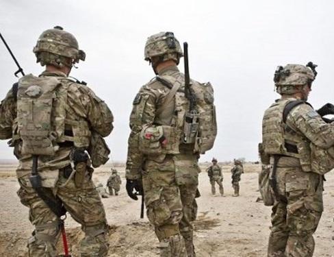 نظامیان آمریکایی مانع حرکت کاروان روسیه در سوریه شدند