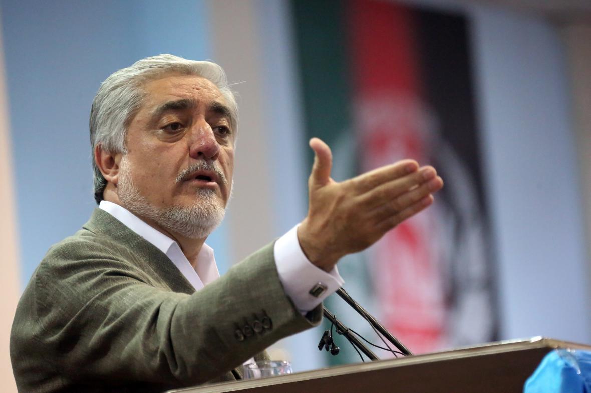 مخالفت تیم عبدالله با ترکیب هیات مذاکره کننده با طالبان