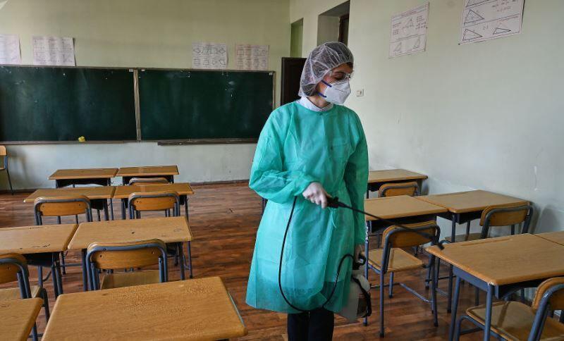 تعطیلی مدارس گرجستان تا سال تحصیلی آینده