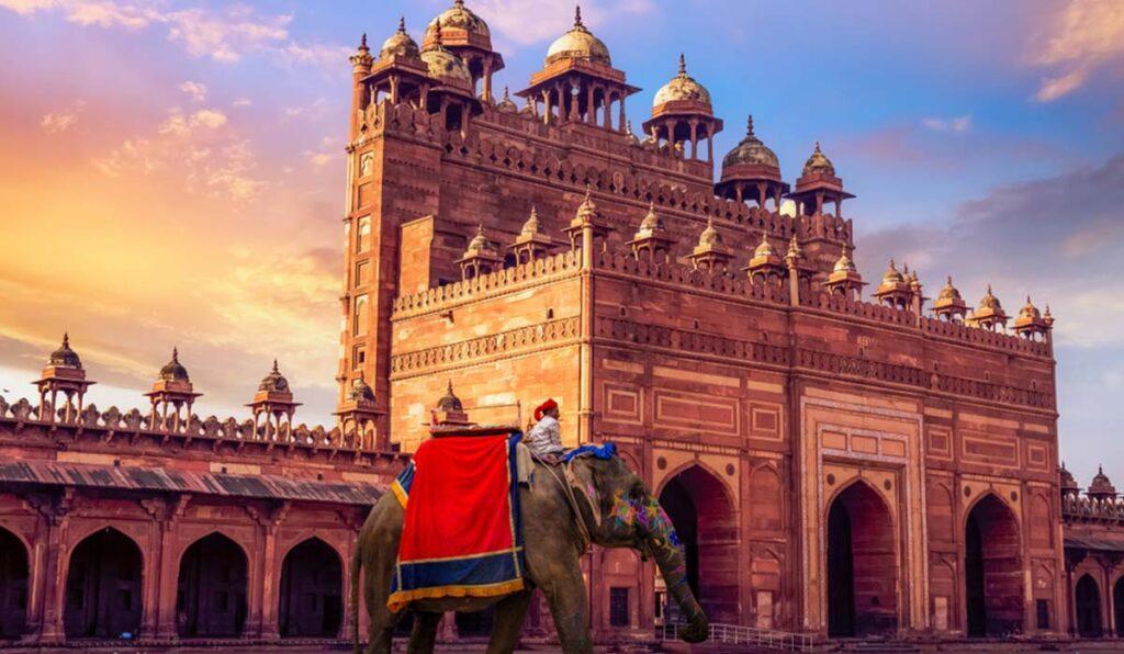 دیدنی های آگرا، سرزمین عاشقانه های هند