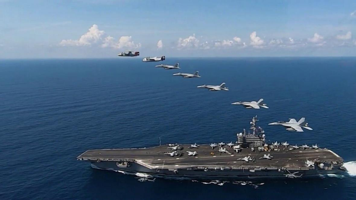 اعزام دو ناو هواپیمابر آمریکا به دریای جنوبی چین