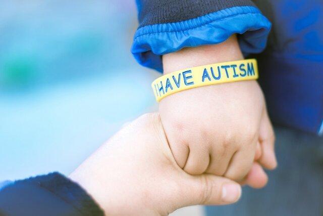 مصائب کرونا برای بچه ها طیف اوتیسم