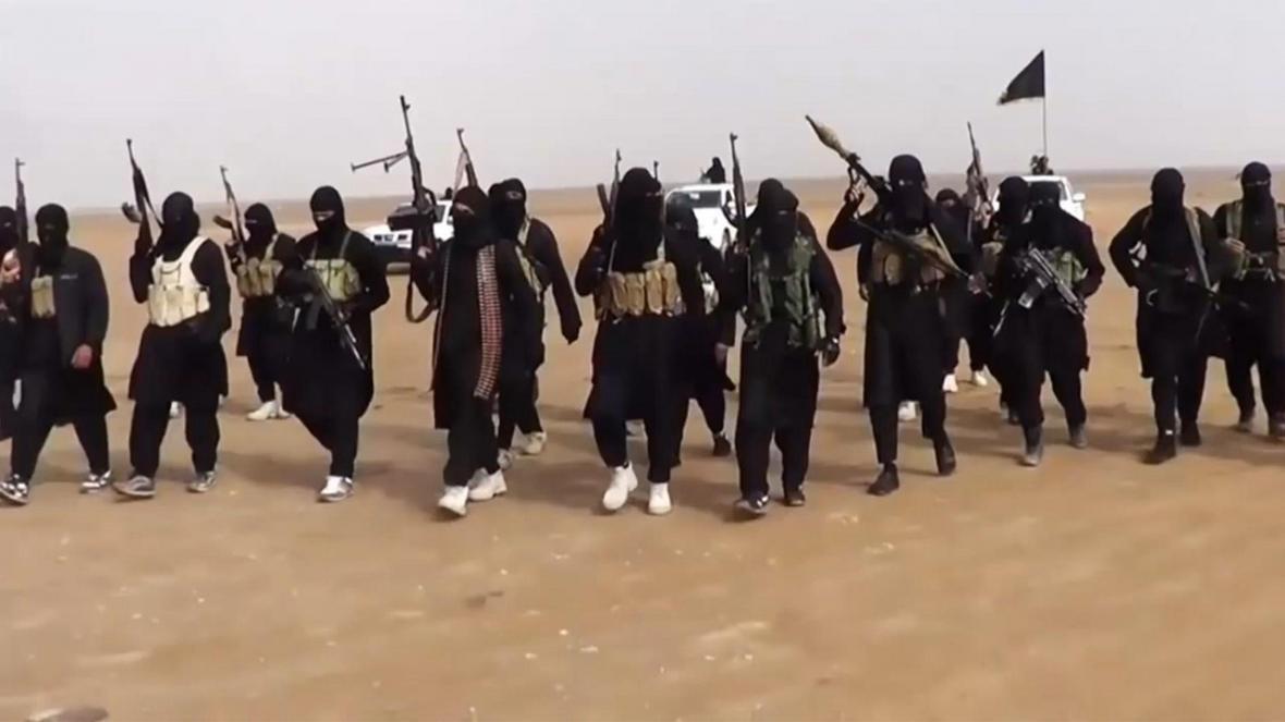 کشته و زخمی شدن شماری از عناصر داعش در درگیری با ارتش سوریه در شرق حماه