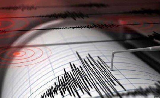 دو کشته در یونان در پی زلزله، چندین ساختمان خسارت دیده اند