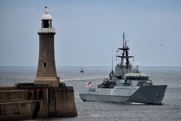 4 ناو انگلیس در سواحل این کشور به حالت آمادهباش درآمدند
