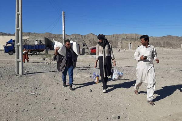 حضور قهرمانان کشتی و تکواندو در مناطق محروم سیستان و بلوچستان
