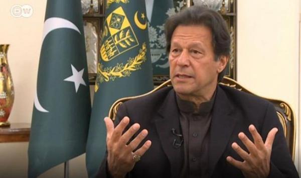 تأکید عمران خان بر احداث بازار های مرزی با افغانستان و ایران