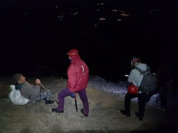 خبرنگاران نجات کوهنوردان گمشده در جنگل های رضوانشهر