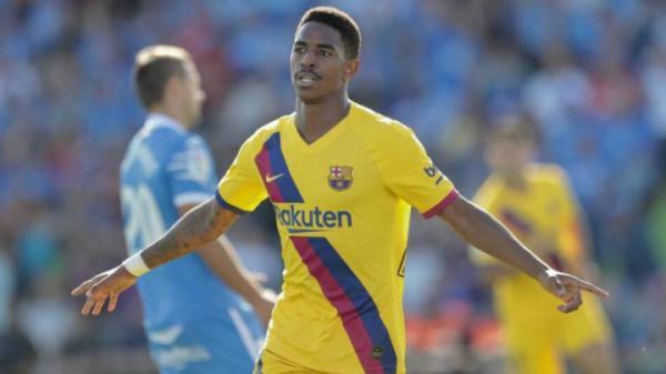 میلان منتفی شد؛ توافق بازیکن بارسلونا با لیدز