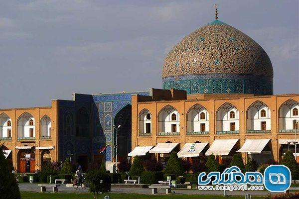 شرایط بازسازی گنبد مسجد جامع عباسی بدتر از گنبد مسجد شیخ لطف الله است