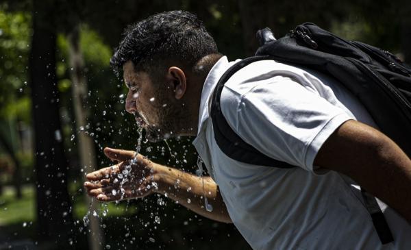 پیش بینی شرایط آب و هوای تهران فردا دوشنبه 18 مرداد 1400